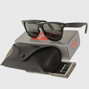 RayBan Clubmaster RB3016 Black/Gold